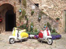Noleggio scooter e motocicli d'epoca in Maremma.